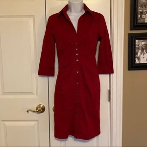Red express dress with collar and 3/4 sleeves